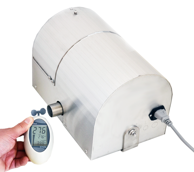 warm-air blower for fast drying of workwear