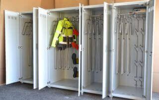 Drying cabinet solution for suits, jackets, gloves and boots