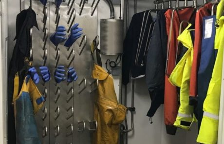 fishing vessel dryer for boots gloves jackets